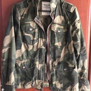 Abercrombie & Fitch Camouflage Utility Jacket